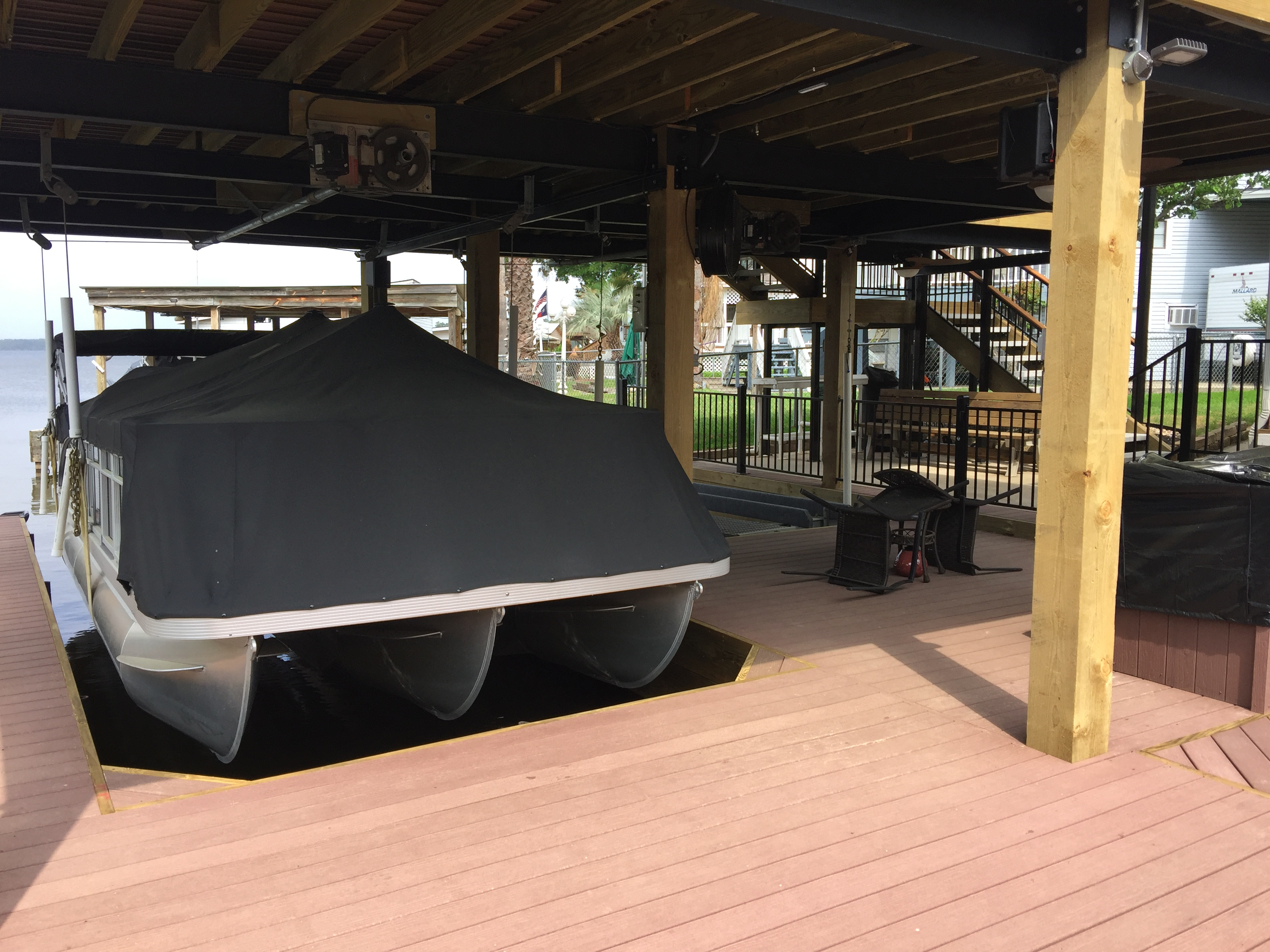 Boat Houses Sun Decks And Slip Covers 187 Waterfront Build